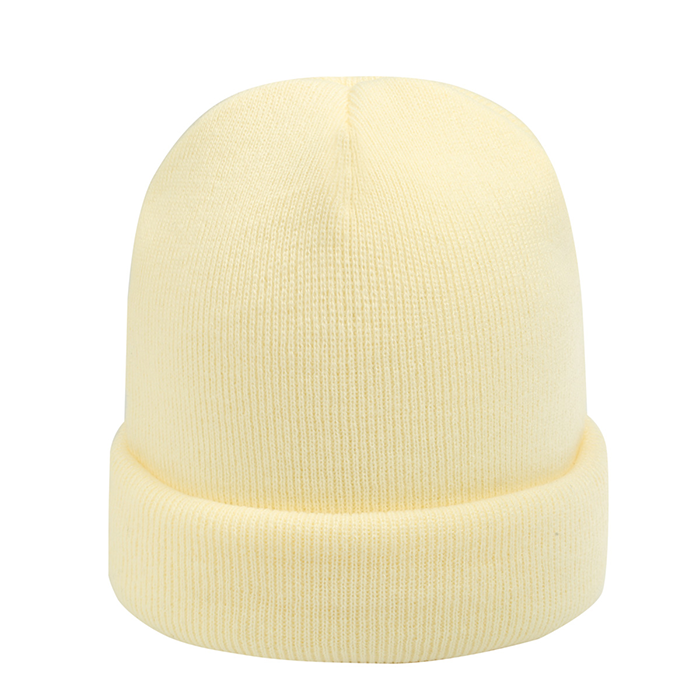 beanie in de kleur off white